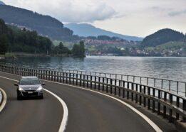Import aut ze Szwajcarii